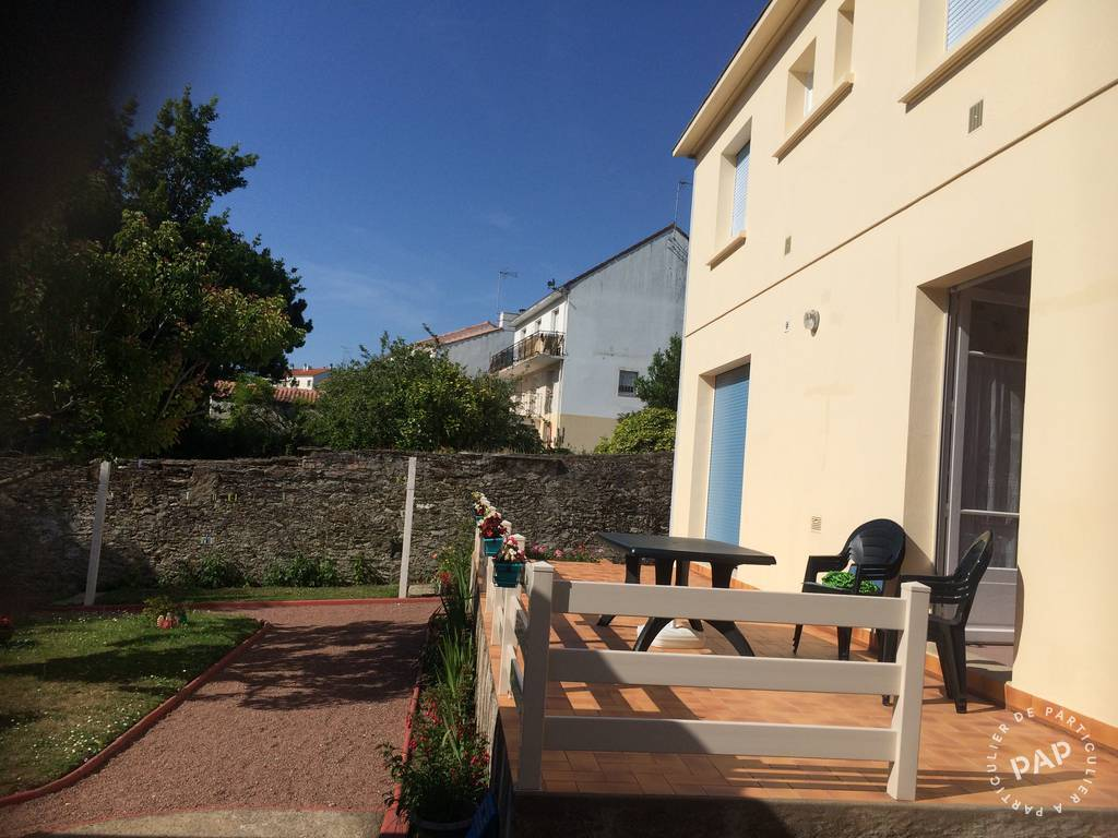 Location appartement pornic 6 personnes d s 300 euros par for Location garage pornic