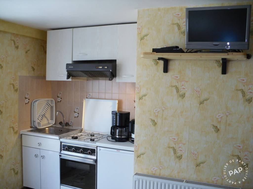Location Appartement Besse En Chandesse 4 personnes du00e8s 195 euros par ...