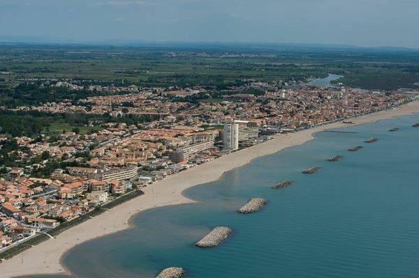 Valras-plage - dès 630 euros par semaine - 8 personnes