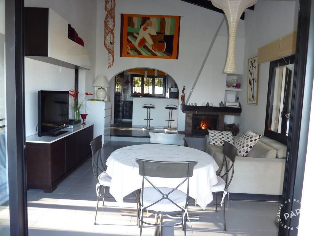 Maison   Oliva