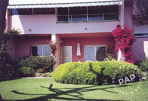 Location appartement ajaccio 6 personnes ref 20420227 for Location garage ajaccio