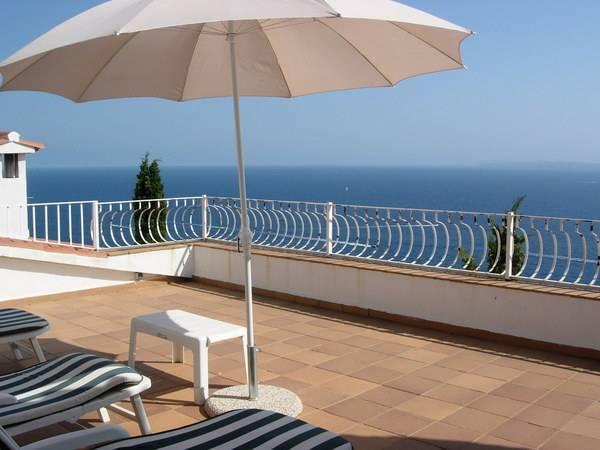 location maison baie de rosas 9 personnes ref 204209698 particulier pap vacances. Black Bedroom Furniture Sets. Home Design Ideas