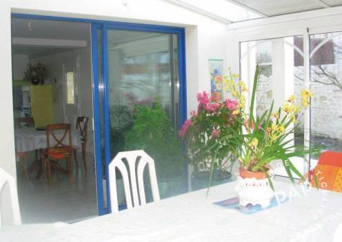 location maison royan pontaillac 5 personnes d s 350 euros. Black Bedroom Furniture Sets. Home Design Ideas