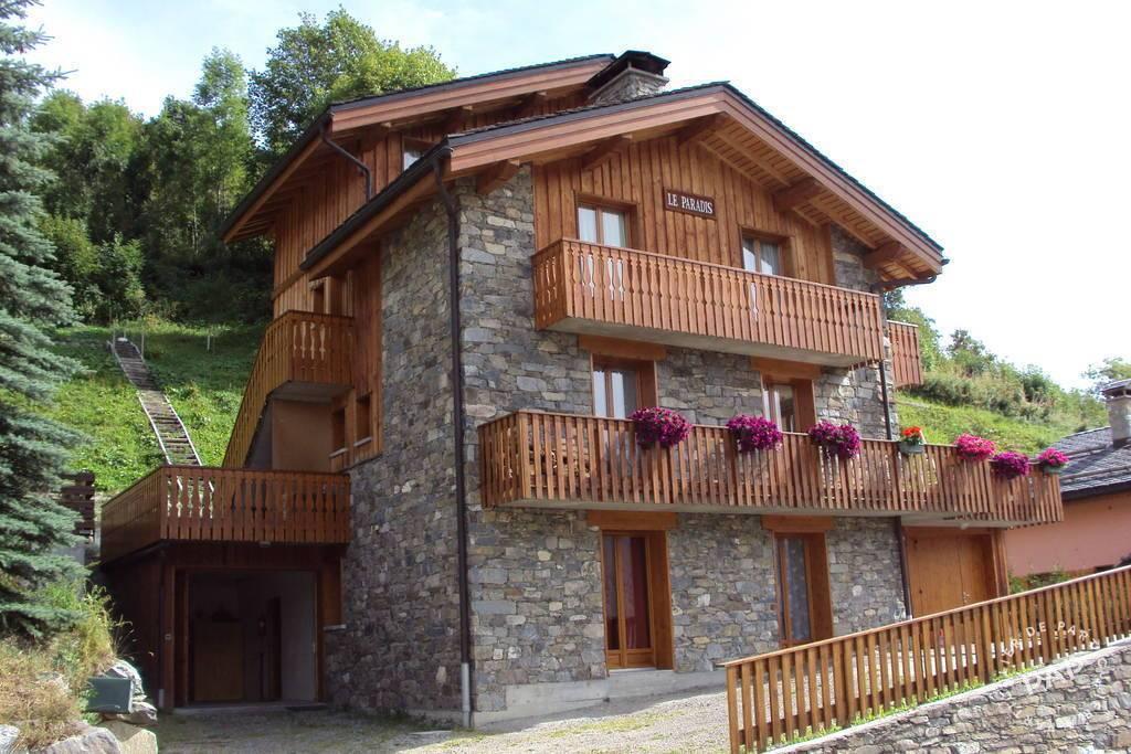 Maison Saint Martin De Belleville
