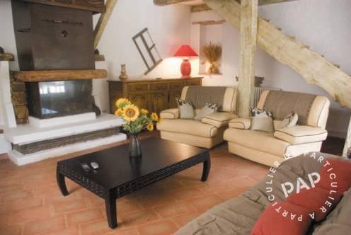Location maison flassans sur issole 9 personnes d s 500 for Cuisine 500 euros