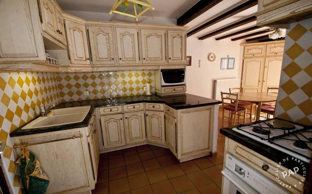 location maison cavalaire sur mer 12 personnes ref 20490185 particulier pap vacances. Black Bedroom Furniture Sets. Home Design Ideas