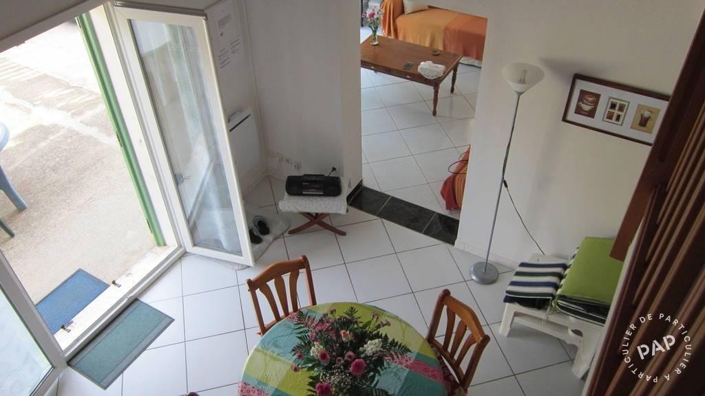 Maison Saint-Pierre-La-Mer
