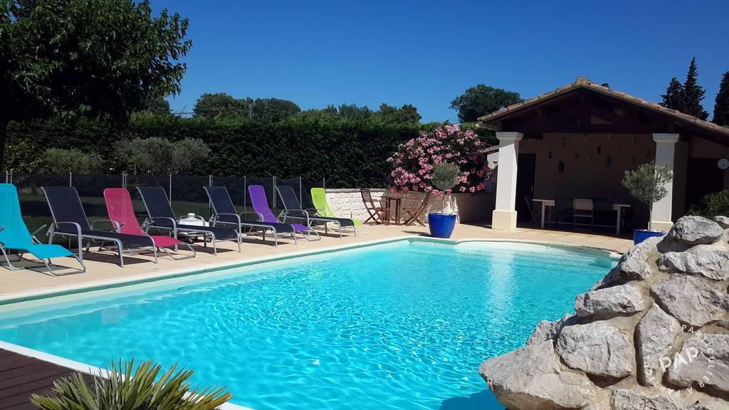 8 Km Saint Remy De Provence - d�s 600 euros par semaine - 6 personnes
