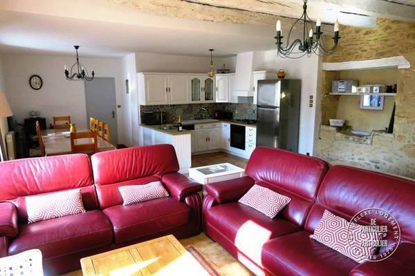 location maison saint amand de coly 12 personnes d s euros par semaine ref 20510618. Black Bedroom Furniture Sets. Home Design Ideas