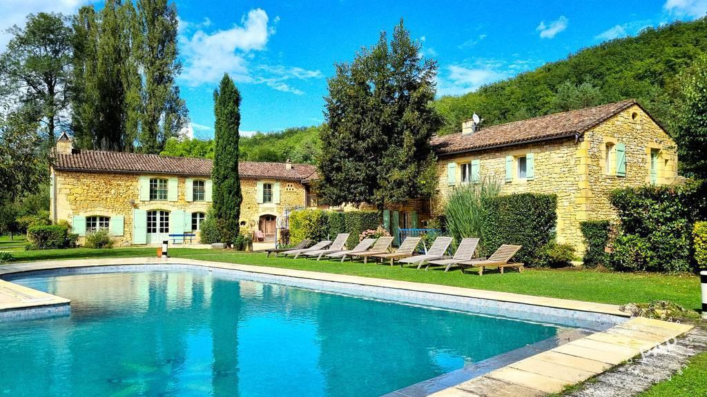 Beaumont-du-périgord - dès 4.600euros par semaine - 24personnes