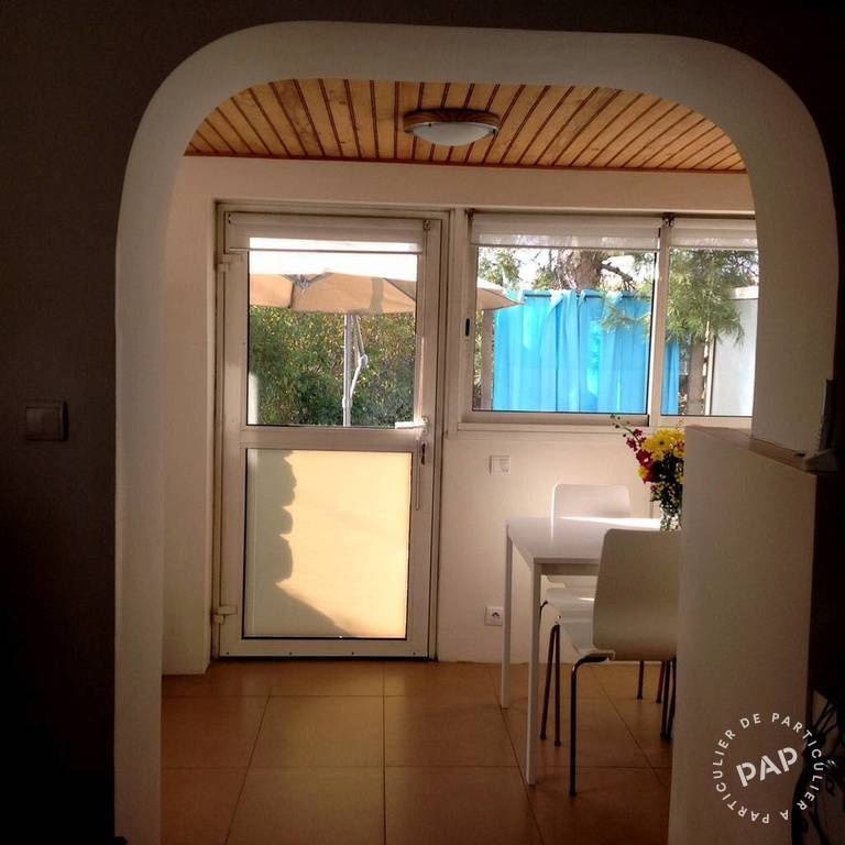 location appartement st raphael 4 personnes d s 250 euros. Black Bedroom Furniture Sets. Home Design Ideas
