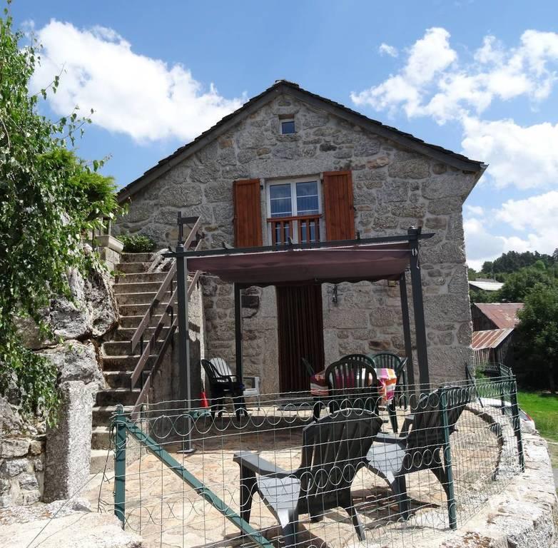 Maison Saint Denis En Margeride