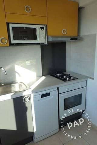 location appartement le lavandou 3 personnes d s 359 euros. Black Bedroom Furniture Sets. Home Design Ideas