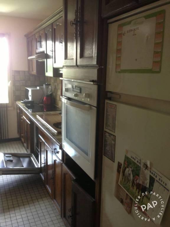 location appartement creteil 2 personnes d s 500 euros par semaine ref 206211028. Black Bedroom Furniture Sets. Home Design Ideas