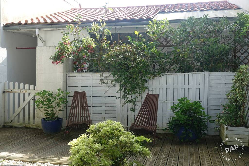 location appartement arcachon 4 personnes d s 370 euros par semaine ref 206502345. Black Bedroom Furniture Sets. Home Design Ideas
