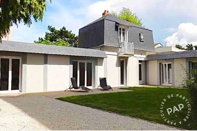 Plein Centre De Deauville - dès 2.200 euros par semaine - 12 personnes