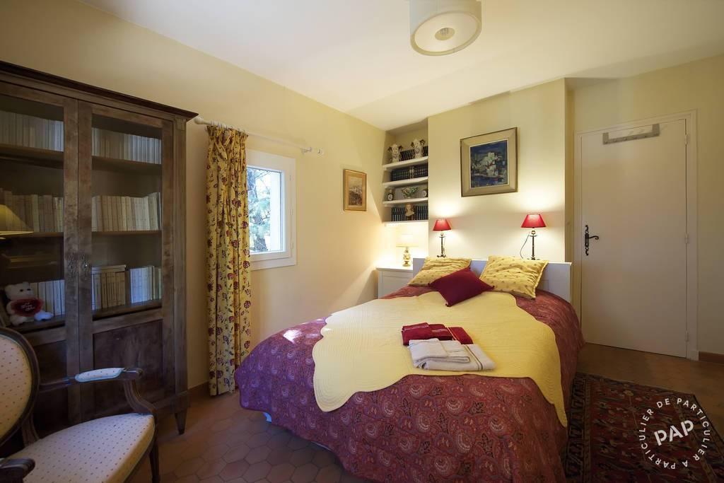 location chambre d 39 h tes nimes 10 personnes ref 206802390 particulier pap vacances. Black Bedroom Furniture Sets. Home Design Ideas