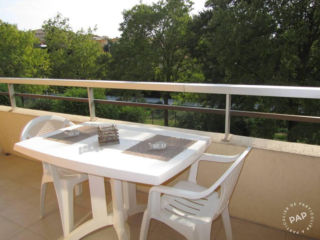 location appartement frejus 4 personnes d s 600 euros par. Black Bedroom Furniture Sets. Home Design Ideas