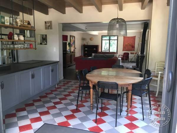 Castelnau-montratier - dès 600 euros par semaine - 12 personnes