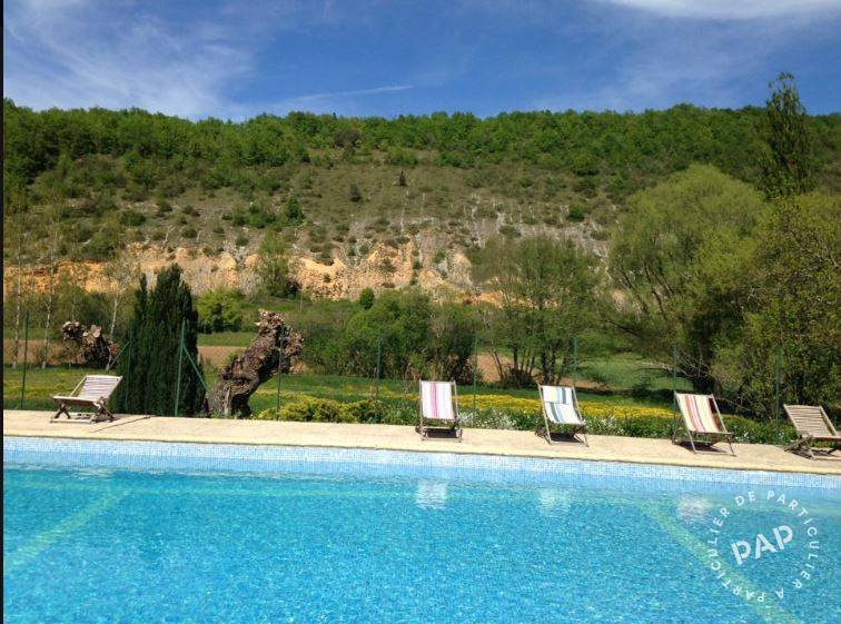Proche Sarlat - dès 1.400 euros par semaine - 19 personnes