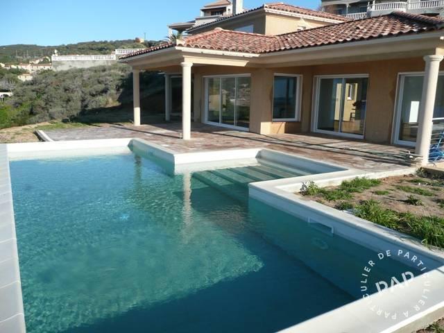 Location maison ajaccio i costi di villanova 6 personnes for Location garage ajaccio