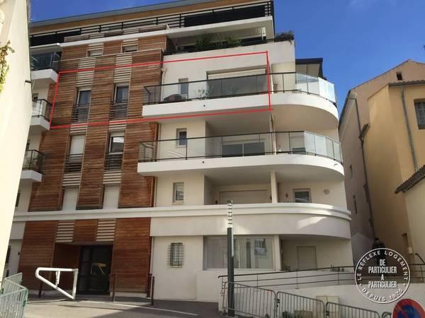Centre Port / La Ciotat - dès 600 euros par semaine - 4 personnes