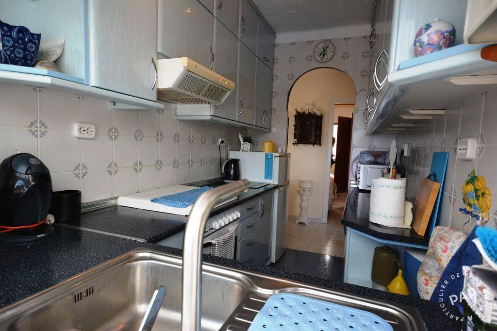 location maison lloret del mar 10 personnes d s 795 euros par semaine ref 207404409. Black Bedroom Furniture Sets. Home Design Ideas