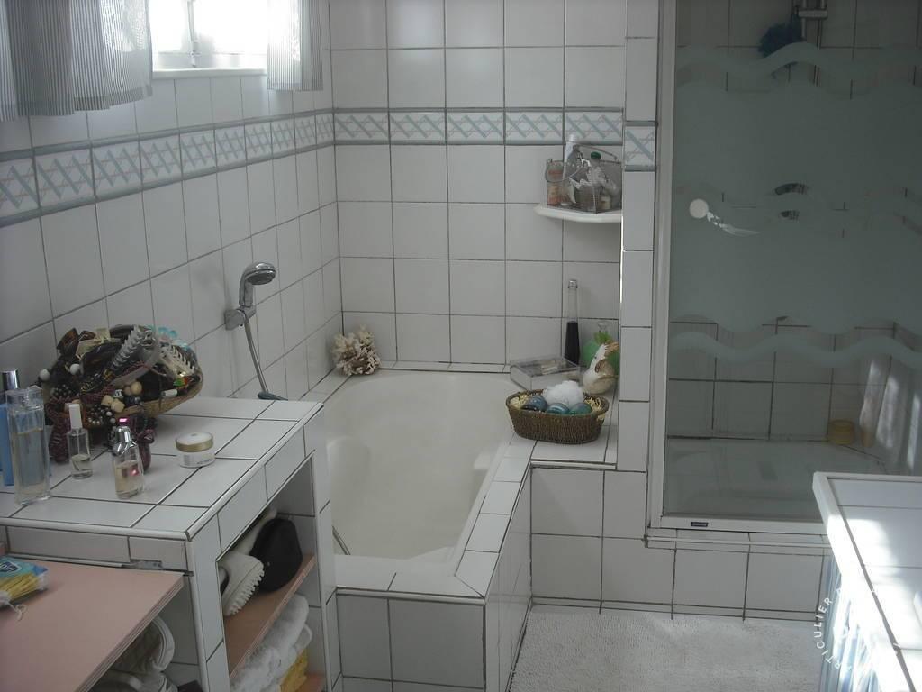 location maison six fours les plage 6 personnes ref 207400685 particulier pap vacances. Black Bedroom Furniture Sets. Home Design Ideas