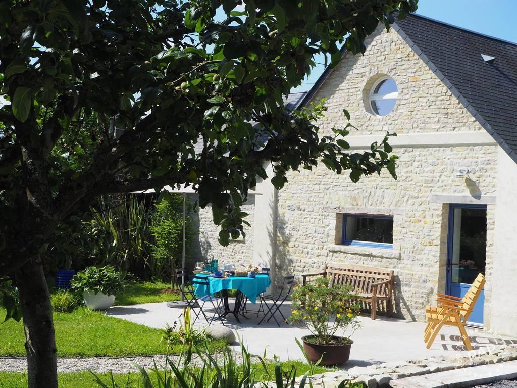 Audouville-la-hubert - dès 300euros par semaine - 2personnes