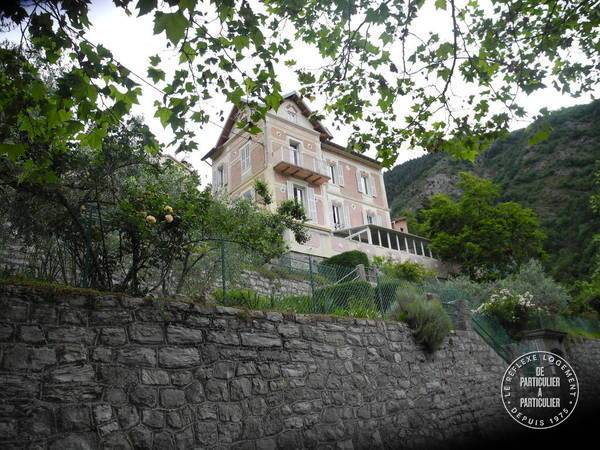 Moulinet - dès 300euros par semaine - 2personnes