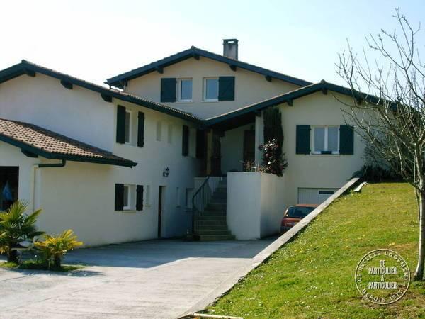 Ahetze Petit Village Basque - dès 315euros par semaine - 4personnes