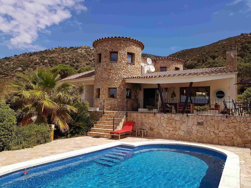 Location Maison Rosas Villa Des 2 Tours 8 Personnes Des 2 090 Euros Par Semaine Ref 208000731 Particulier Pap Vacances