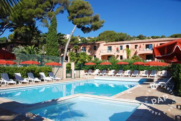 Roquebrune-sur-argens (83) - dès 440euros par semaine - 6personnes