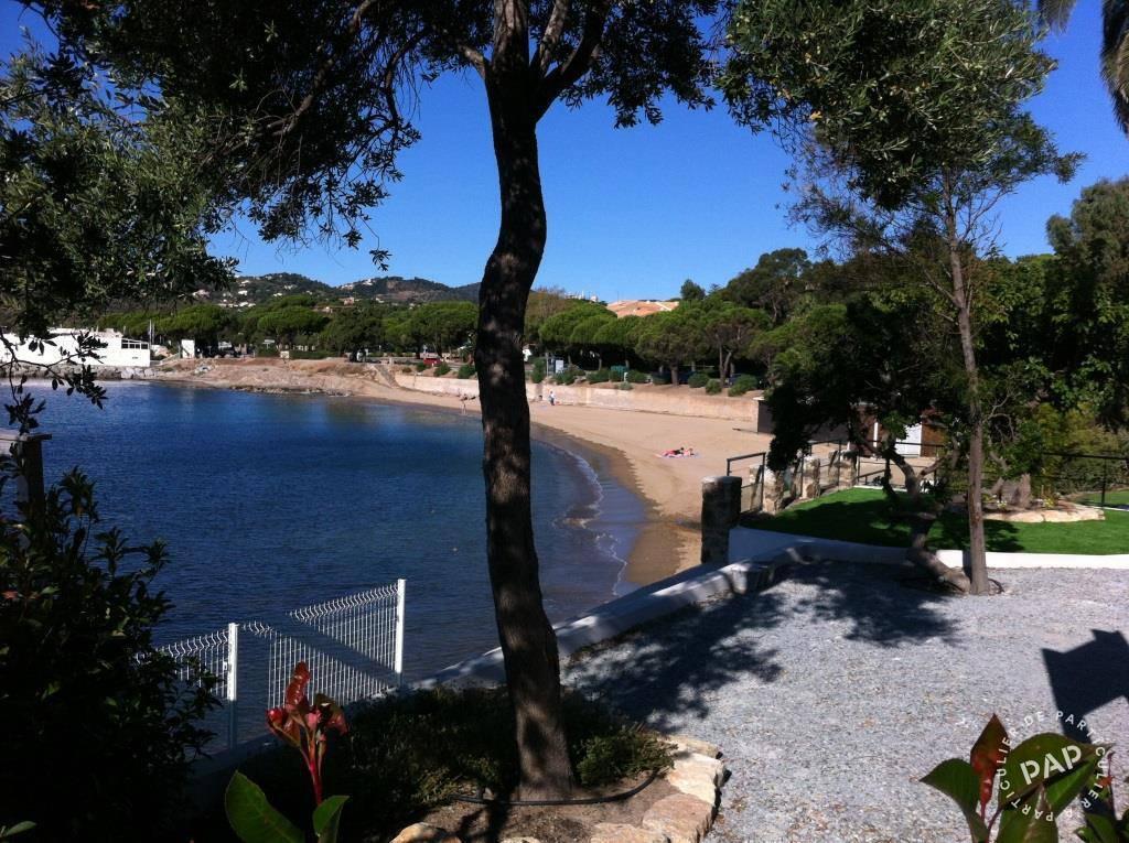 Roquebrune-Sur-Argens (83380) - dès 300euros par semaine - 4personnes