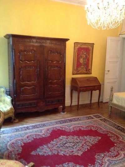 Location meublée appartement 3pièces 74m² Paris - 2.370€