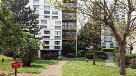 Location appartement 4pi�ces 82m� Acheres - 1.275€