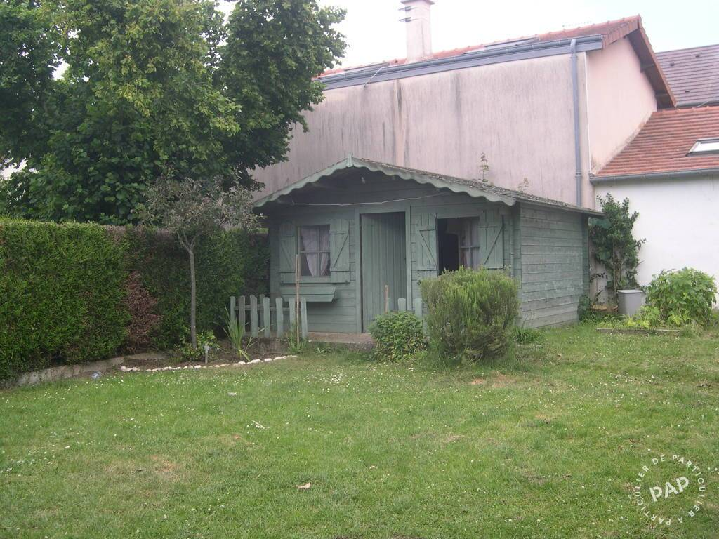 Location Appartement Saint-Cyr-L'ecole 56 m² 1.085 €