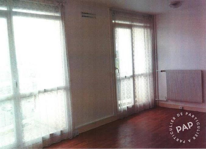 location studio 31 m plaisir 31 m 645 e de particulier particulier pap. Black Bedroom Furniture Sets. Home Design Ideas