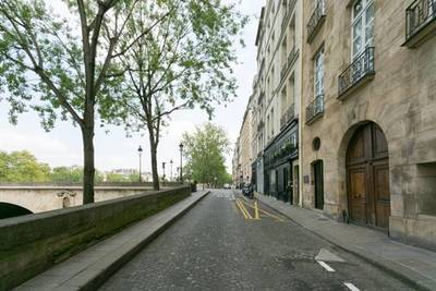 Paris 4E