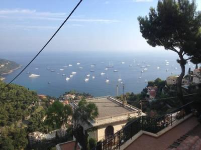 Location meublée appartement 2pièces 43m² Roquebrune-Cap-Martin - 900€