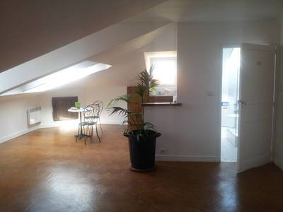 Location appartement 2 pièces Nice - 830 €