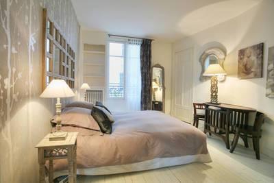 Location meublée appartement 2pièces 50m² Paris 18E - 1.590€