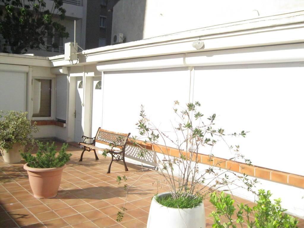 Location meubl e studio 30 m marseille 7e 30 m 600 e for Achat appartement marseille vieux port