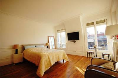 Location meubl�e studio 30m� Paris 2E - 1.399€
