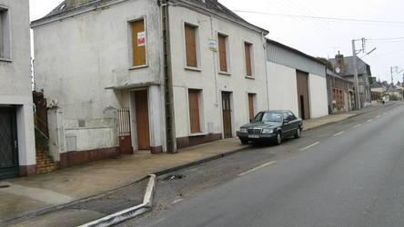 Vente maison 250m² Saint-Calais - 125.000€