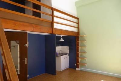 Location studio 30m² Lyon 4E - 580€