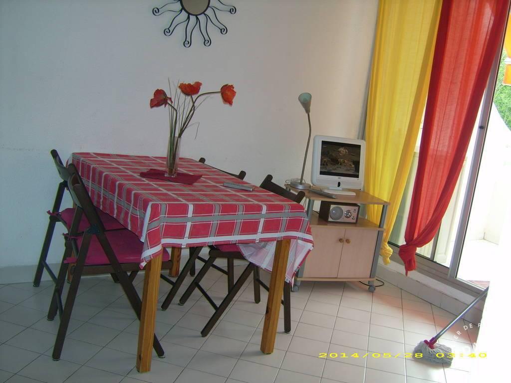 location meubl e appartement 2 pi ces 28 m montpellier 34 28 m 490 e de particulier. Black Bedroom Furniture Sets. Home Design Ideas
