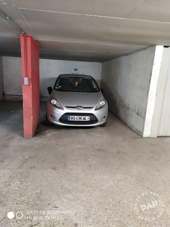 Location Garage, parking Paris 18E 13m² 85€