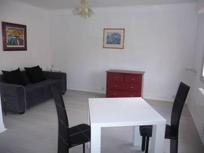 Location meubl�e studio 30m� Cannes (06400) - 550€