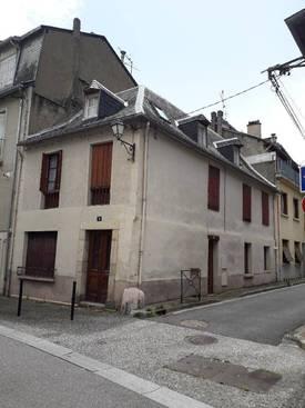 Vente maison 210m² Bagneres-De-Luchon - 130.000€
